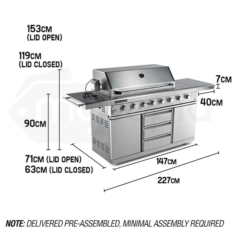 Stainless Steel 8 Burner BBQ by Euro-Grille